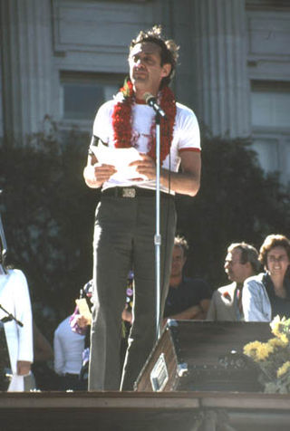 Harvey_Milk_at_1978_Gay_Freedom_Day